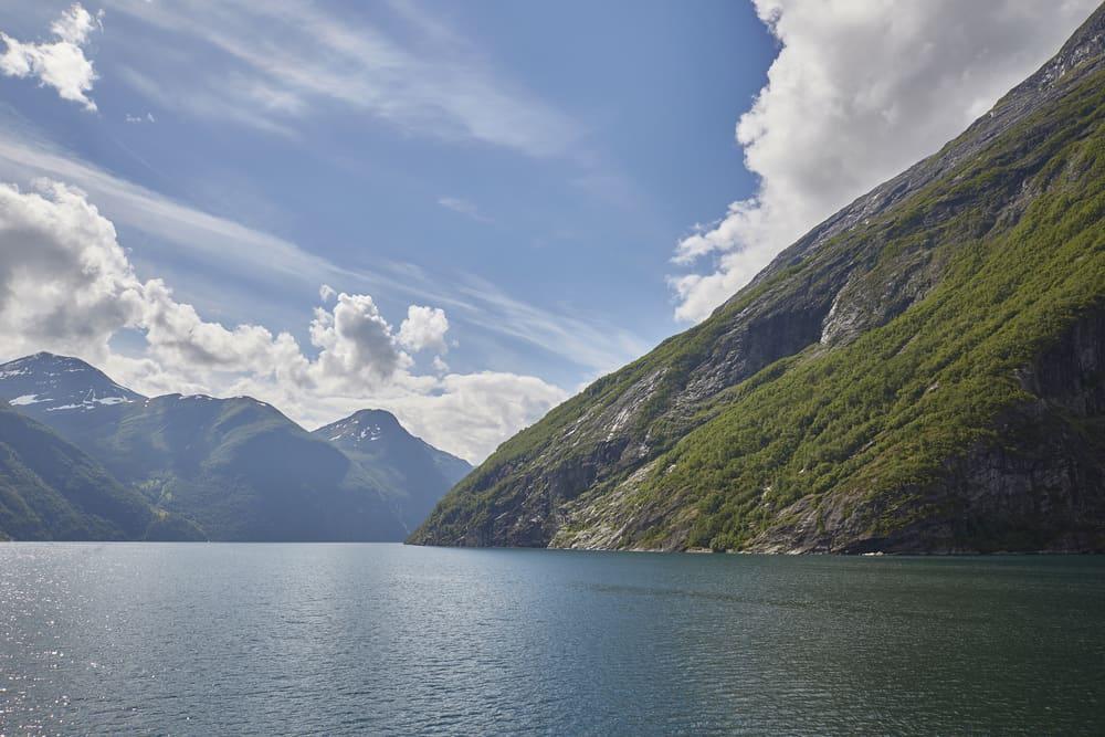Rejs med Hurtigruten