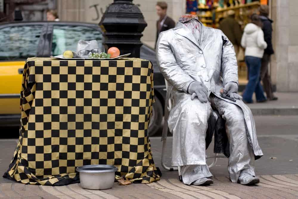 Gadekunstner på Ramblaen i Barcelona