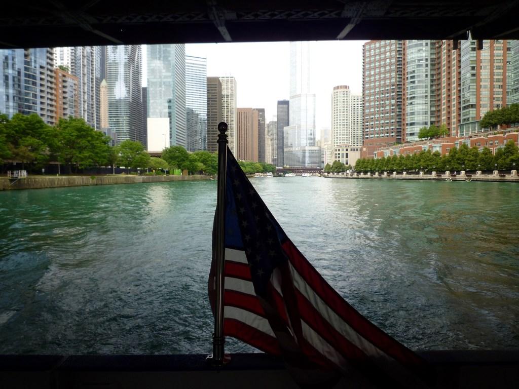 ΗΠΑ - Σικάγο, Ποτάμι, σημαία - ταξίδια