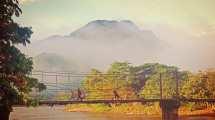 לאוס - לואנג פרבאנג - גשר - נסיעה