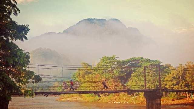 Λάος - Λουάνγκ Πραμπάνγκ - γέφυρα - ταξίδι