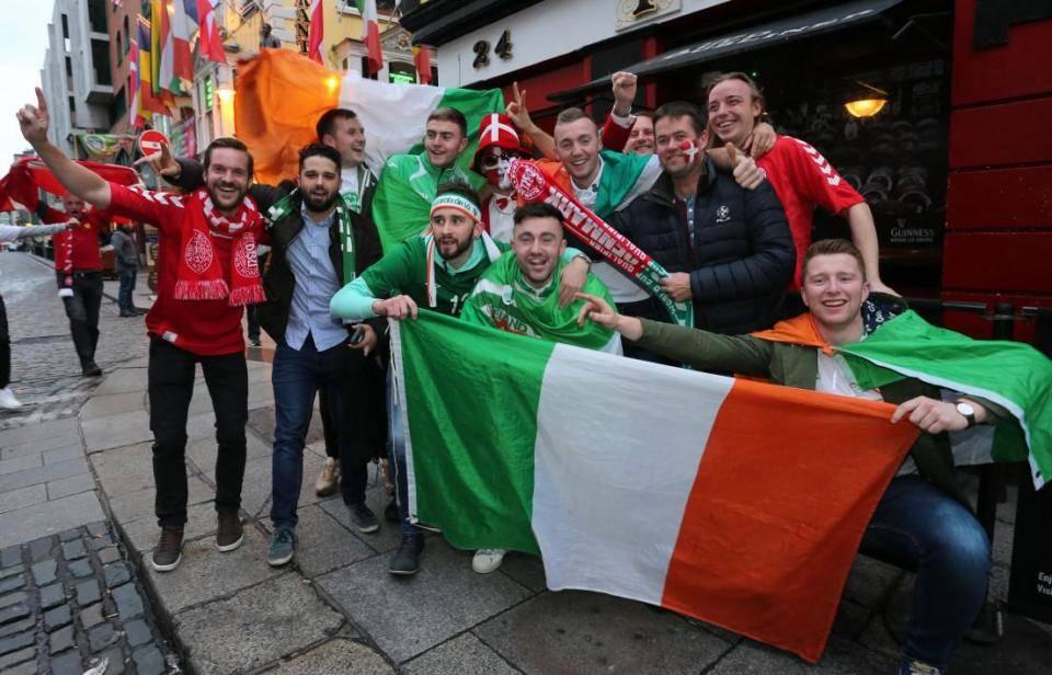 Irland - Dublin, fodbold, fans - rejser