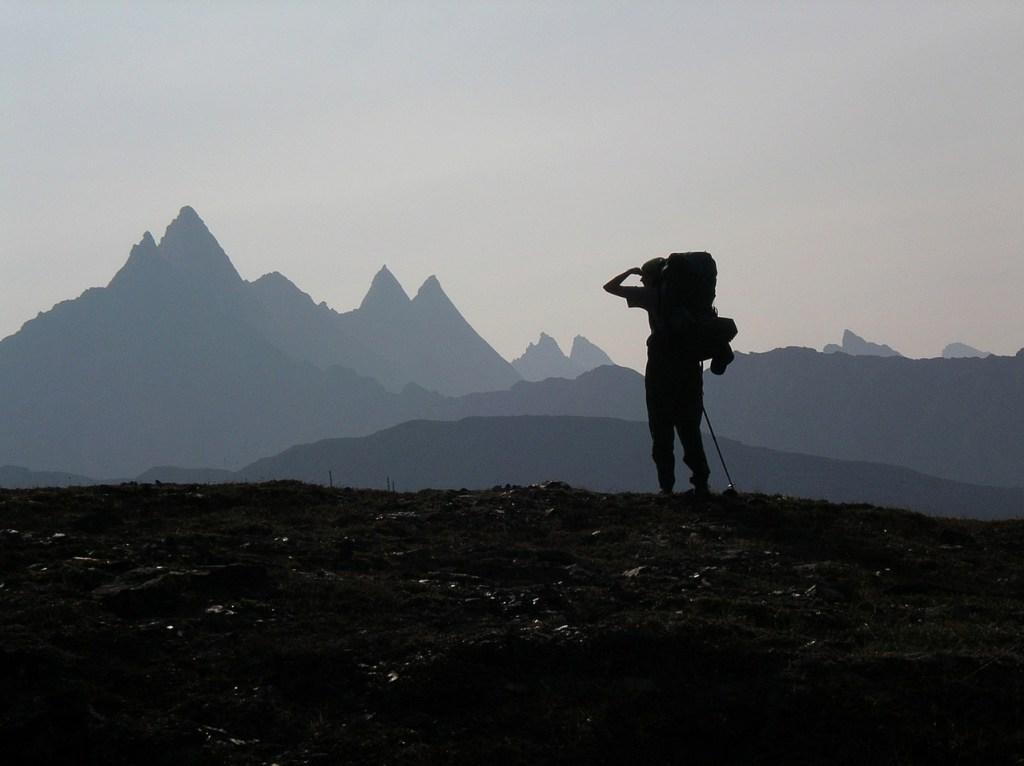 Backpacker, hiker, bjerge - rejser rejse