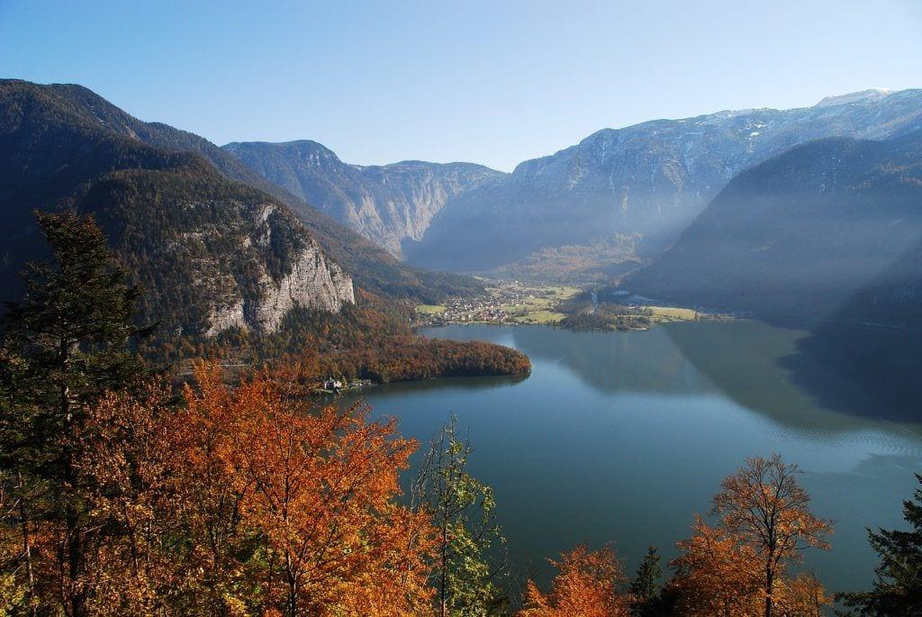 Austria - Hallstatt, lake - travel Salzburg