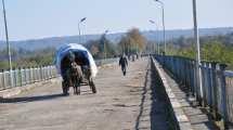 Georgien - mennesker bro abkhasien - rejser