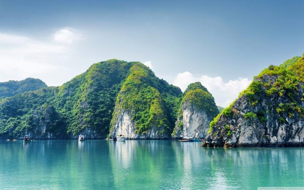 Thailand - Halong Bay - sea - travel - 5 great travel experiences - travel to vietnam