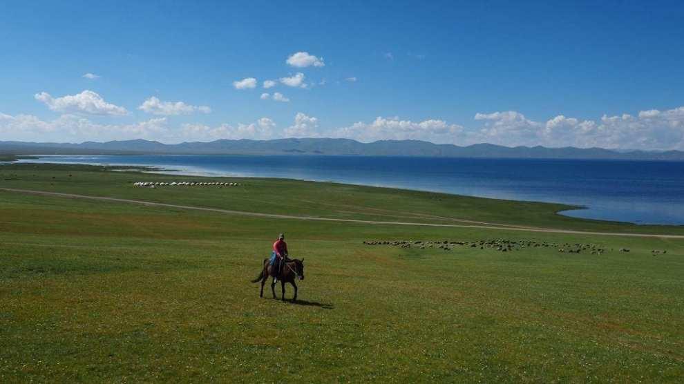rejser til Kirgisistan - heste natur - rejser
