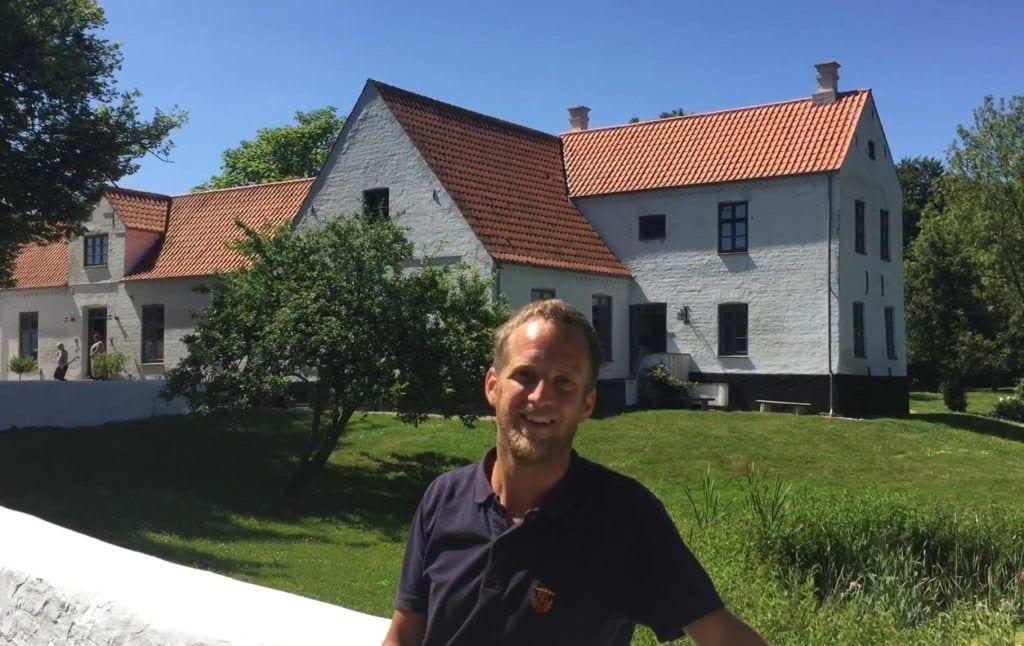 フレデリクスハウン-男の農場の村-旅行