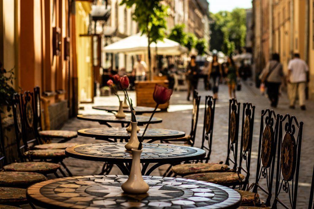 ウクライナ-リヴィウ、カフェ-旅行