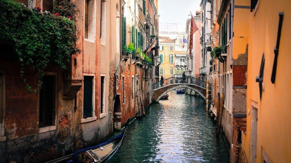 Venedig-gyde-bro