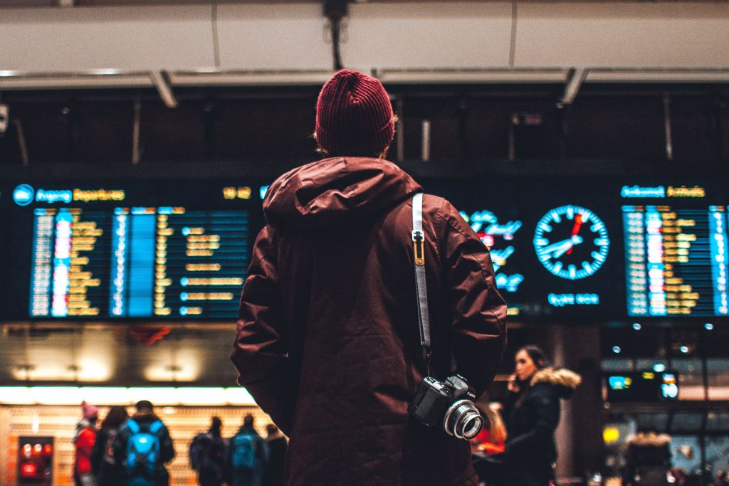 lufthavn håndbagage kuffert pakkeguide rejser