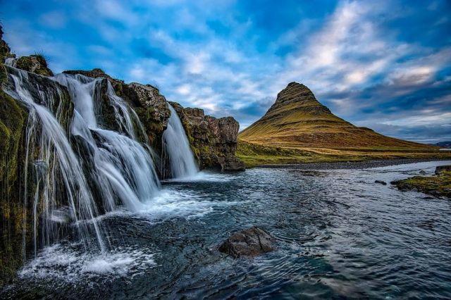 आइसलैंड, प्रकृति, झरने