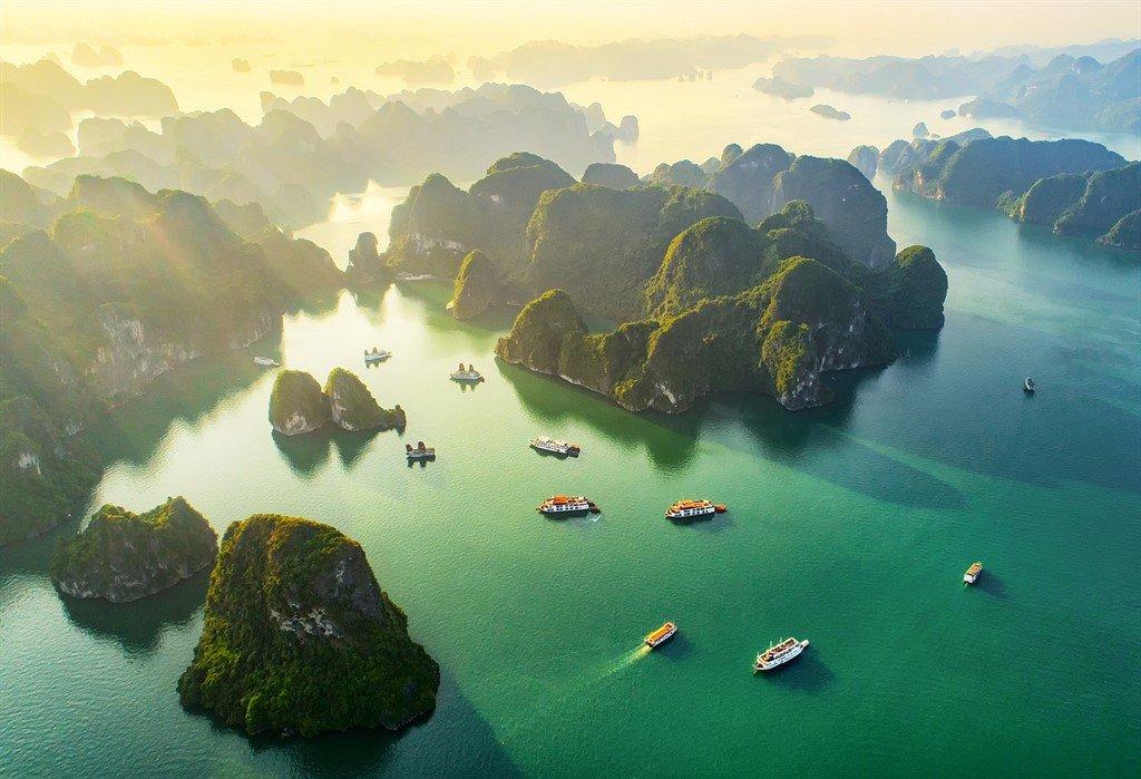 Ha Long Bay, Vietnam - rejser