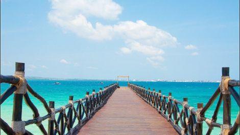 Tanzania - Zanzibar, badebro, hav - rejser