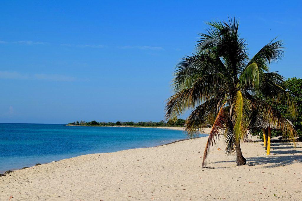 Cuba Playa Ancon Trinidad strand Rejser