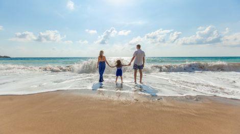 Cipar Paphos beach travel