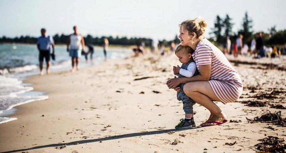 Danmark - Odder, Saksild, strand - rejser