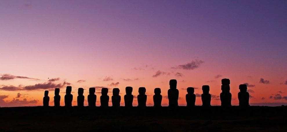 Chile Påskeøen Moai statuer monument rejser