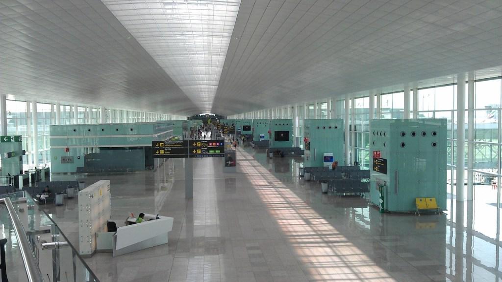 Lufthavn, tom - rejser