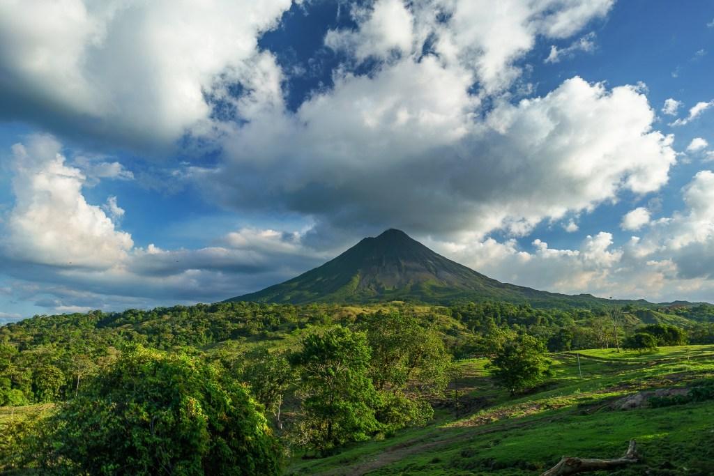 Kosta Rika, Arenal, yanardağ, seyahat