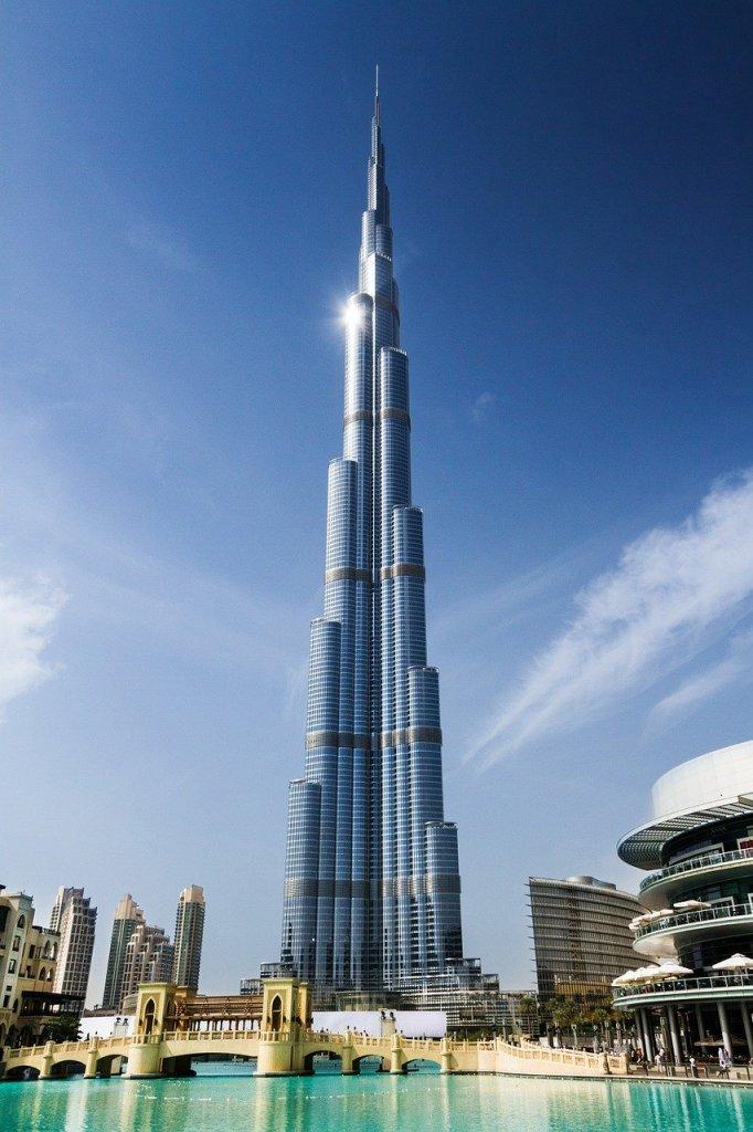 Burj Khalifa, Dubai, rejser