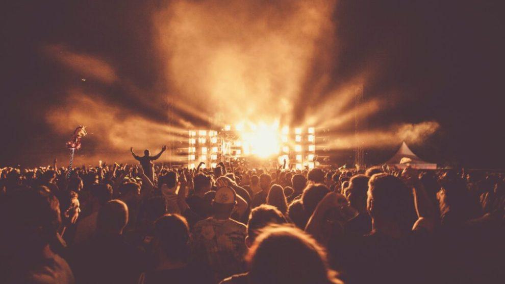 Tyskland, koncert, festival, publikum, rejser