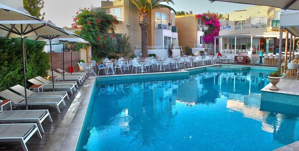 Grèce, Crète, Rethymnon, Nefeli Hotel, voyage