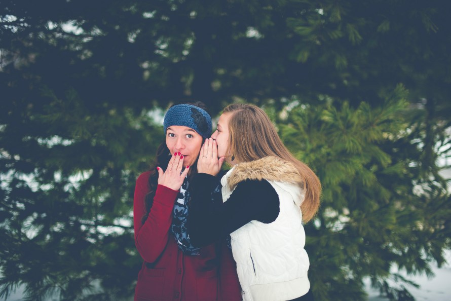 Dating-Women-Money-Talking