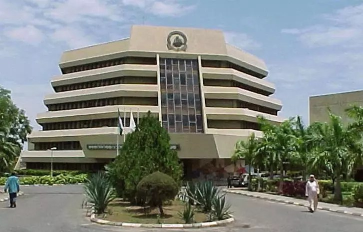 universities in Nigeria,list 10 best universities in Nigeria,private universities in Nigeria,list of federal universities in nigeria and their school fees,list of universities in nigeria and their cut off marks,list of new federal universities in Nigeria,affiliated universities in Nigeria,newly approved universities in Nigeria,list of universities in nigeria that does not require jamb
