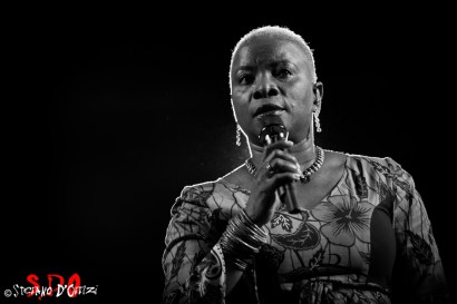 Angelique Kidjo 04web