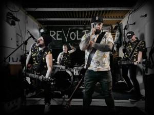"""Revoltone: ascolta il nuovo singolo, """"My Hero"""""""