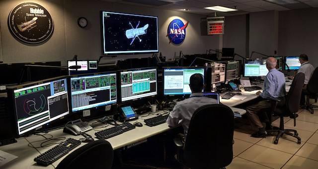 Centro de control de la NASA para el telescopio Hubble, que está capturando imágenes de lo que se consideran los confines de nuestro Universo.