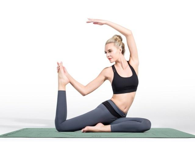 Odložte činky: Na ceste ku krásnej postave vám pomôže joga | RELLECIGA.sk