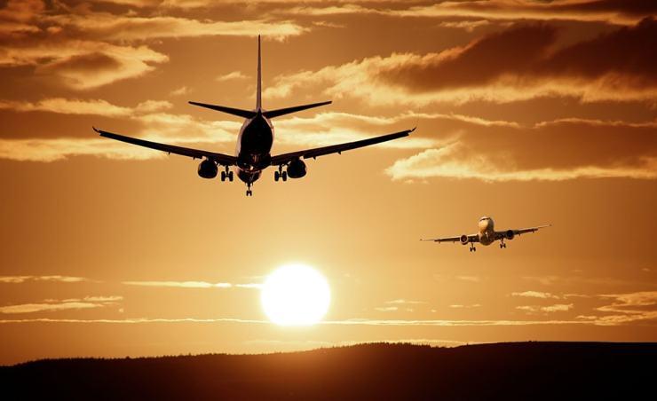 """מה עדיף רילוקיישן או נסיעות עבודה קצרות ותכופות לחו""""ל?"""