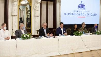 Photo of Presidente Abinader sugiere a cadenas hoteleras reabrir primero de octubre