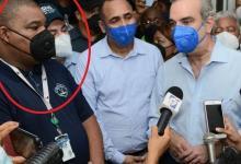 Photo of Este fue el médico que Abinader le dio un 'boche' por pedir Casa Club