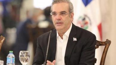 Photo of Al presidente Abinader: Hay dinero, ¡cuidado ahora cómo lo gastamos!