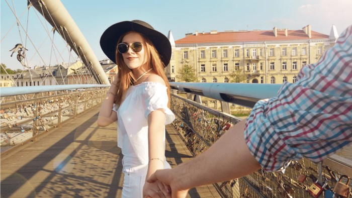7 Ways To Tell A Man That You Like Him Without Scaring Him Off