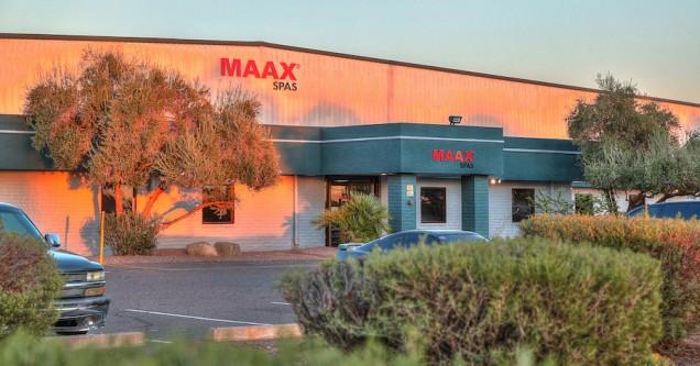 Maax Spas 04