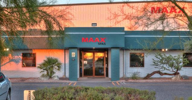 Maax Spas 05