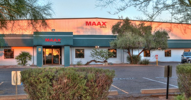 Maax Spas 06