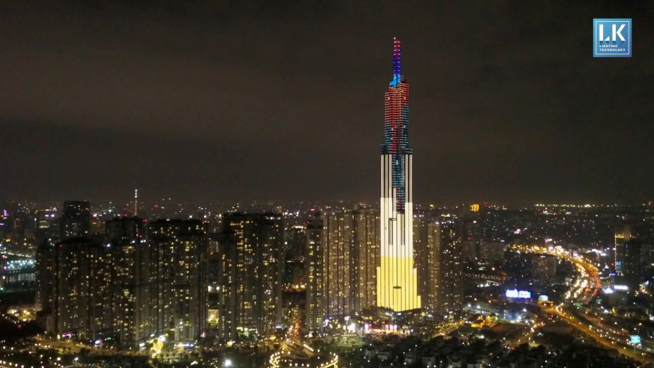 REMAKE.TV Image Film - Landmark 81 - Lightshow