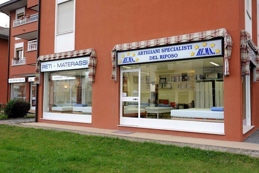 ReMa si occupa di produzione e vendita di reti materassi