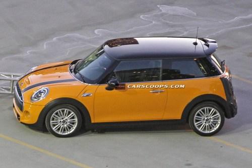 2014 Mini Cooper spy shot via Carscoops