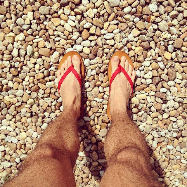 Ralph Lauren Paxhill Flip-flop sandal in red canvas and vachetta leather