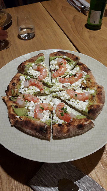 Shrimp (gamberi), goat cheese, and avocado pizza