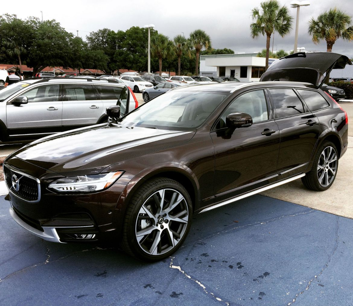2018 volvo v90. delighful 2018 2018 volvo v90 cross country inside volvo v90 r