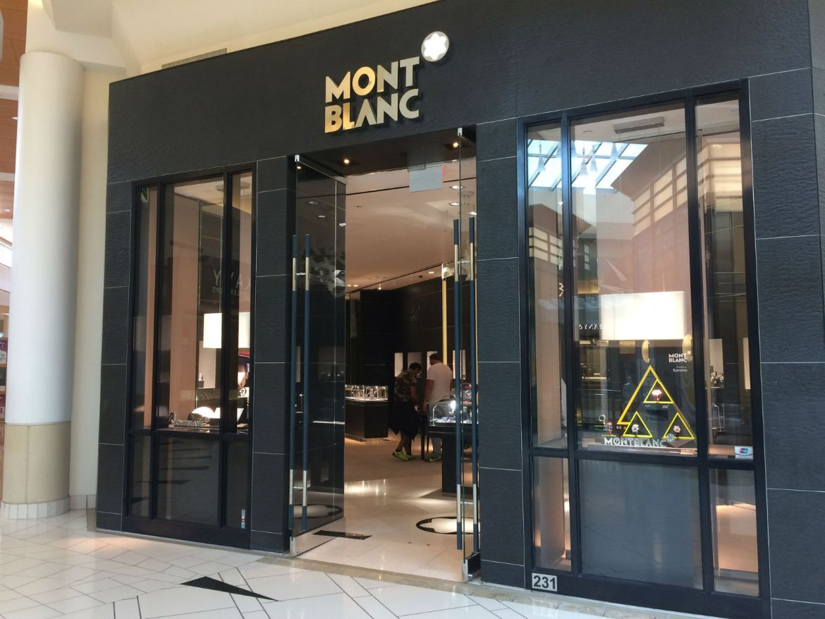 Montblanc International Plaza, Tampa Bay