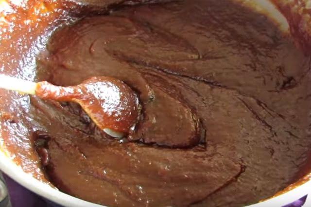 O doce de banana caseiro pode ser consumido como sobremesa ou em laches