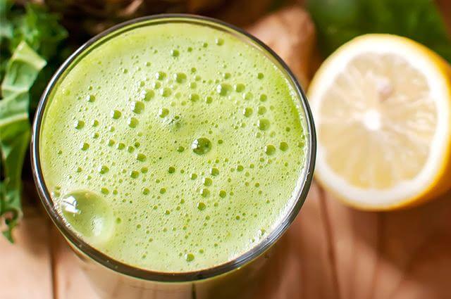 Estimule o emagrecimento tomando suco detox verde